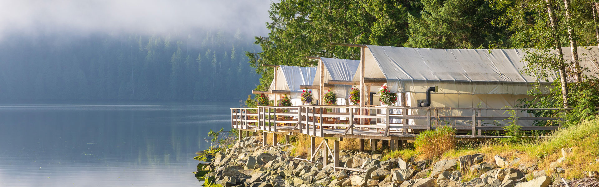 West Coast Canada Train Trips with Luxury Lodges & Hotels