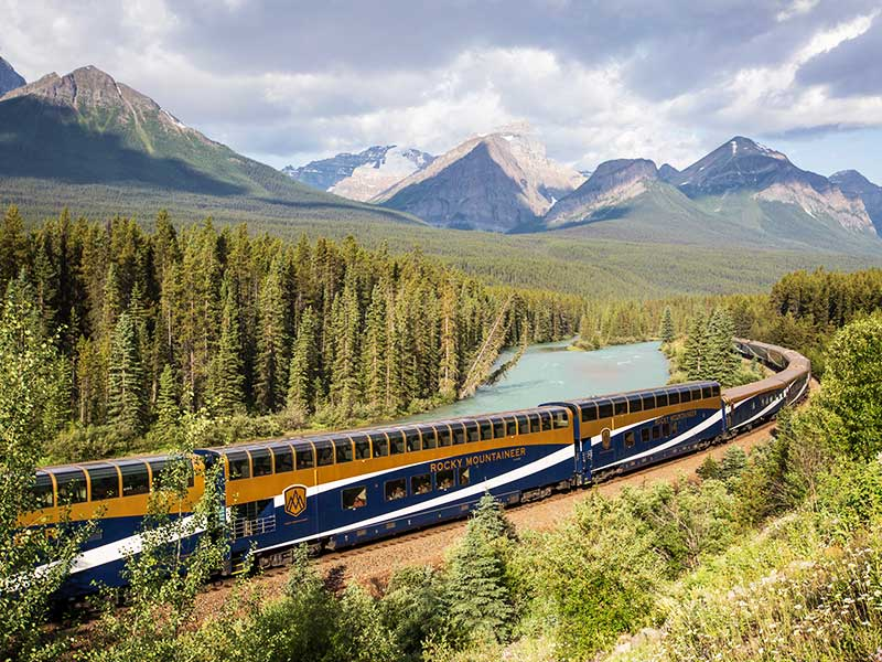 Grand Canadian Rockies Train Circle Tour | Rocky Mountaineer