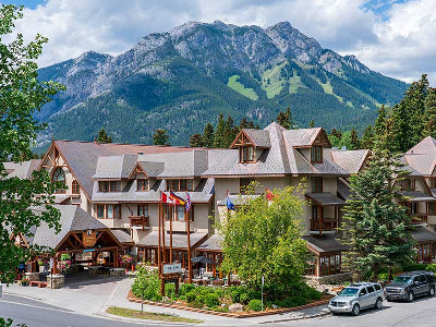 Banff Caribou Lodge