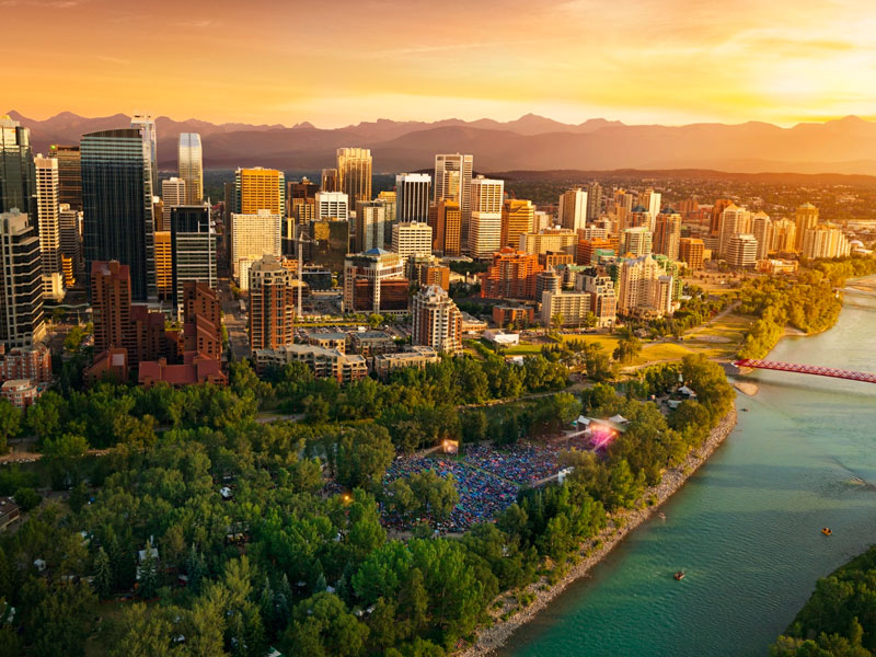 Calgary Stampede and the Canadian Rockies Train Tour | Calgary