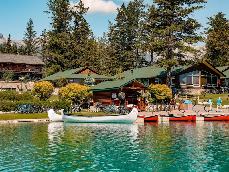 Discover Whistler and the Canadian Rockies Road Trip | Fairmont Jasper Park Lodge