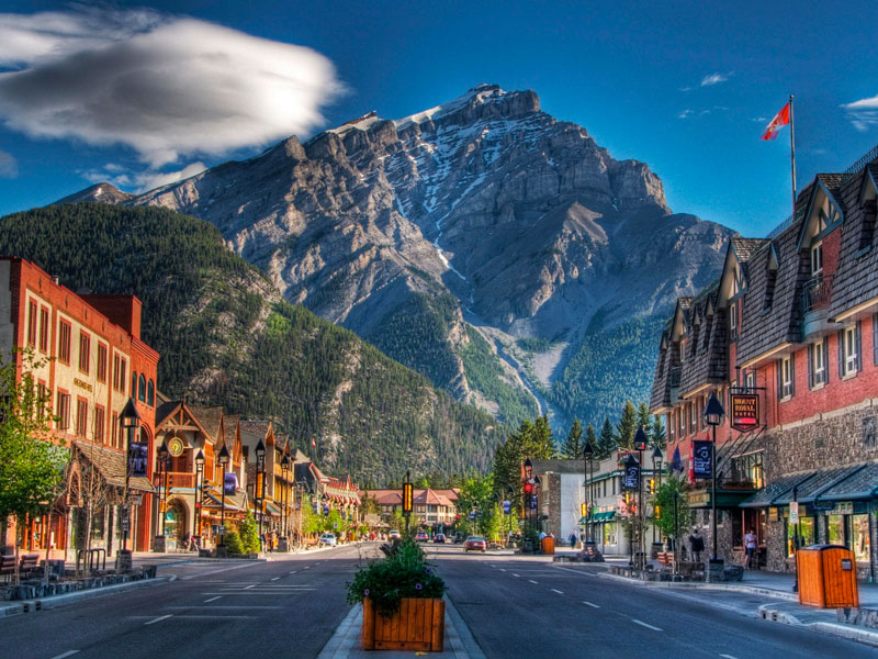 Discover Whistler and the Canadian Rockies Road Trip | Banff