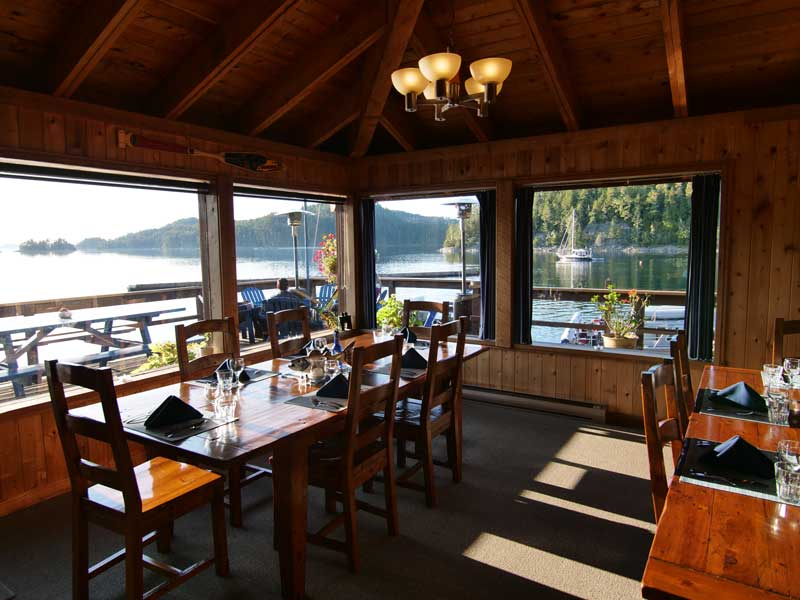 4-Day Whale Watching & Bear Viewing   Farewell Harbour Lodge