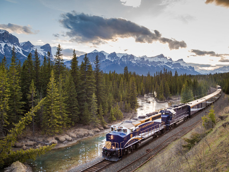 Grand Canadian Train Journey | Rocky Mountaineer Train