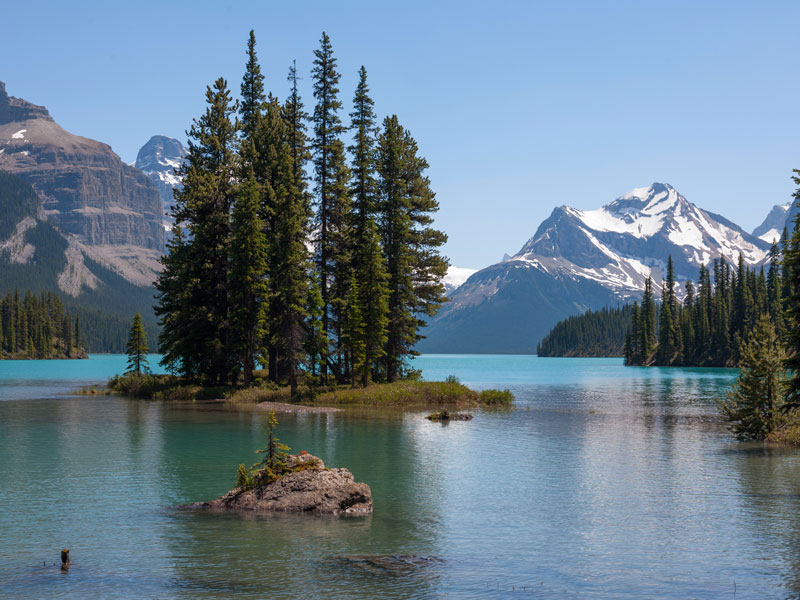 Luxury Train to the Canadian Rockies | Jasper Maligne Lake