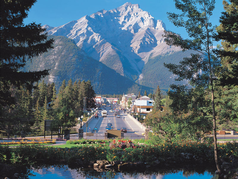 Spectacular Lodges of the Canadian Rockies Road Trip | Banff