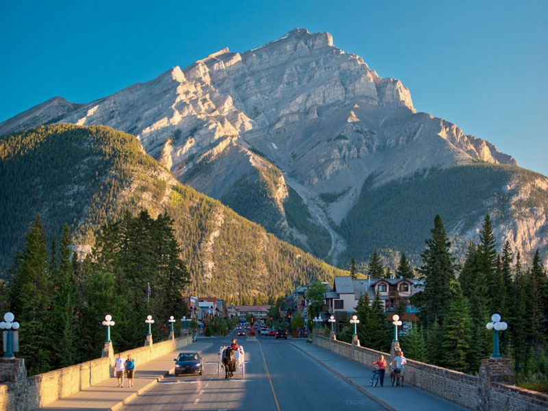 Vancouver & the Canadian Rockies Rail Vacation | Banff