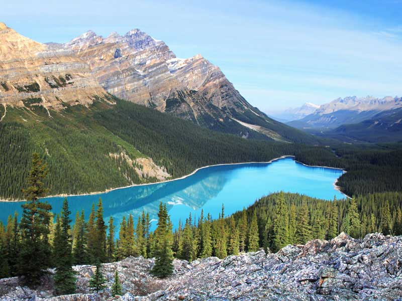 Canada Train Vacations | Peyto Lake between Jasper and Lake Louise